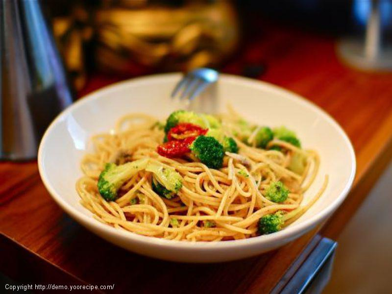 Zesty Sundried Tomato Broccoli Capellini